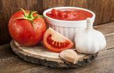 Uskladnenie rajčín bez konzervovania: https://www.zahrada.sk/magazine/pripravte-si-paradajkovo-cesnakovu-zmes-ktora-vydrzi-aj-bez-konzervovania