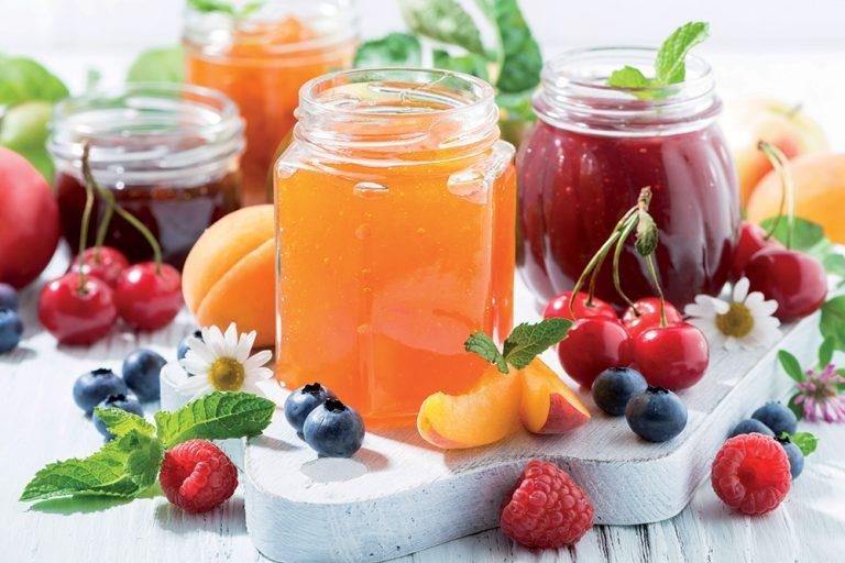 Ako spotrebovať dary záhrady/ Recepty zo záhrady - Zaváranie bez cukru no predsa na sladko: https://www.zahrada.sk/magazine/zavarajte-bez-cukru-no-predsa-na-sladko