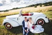Saténové svatební šaty s krajkou, 42