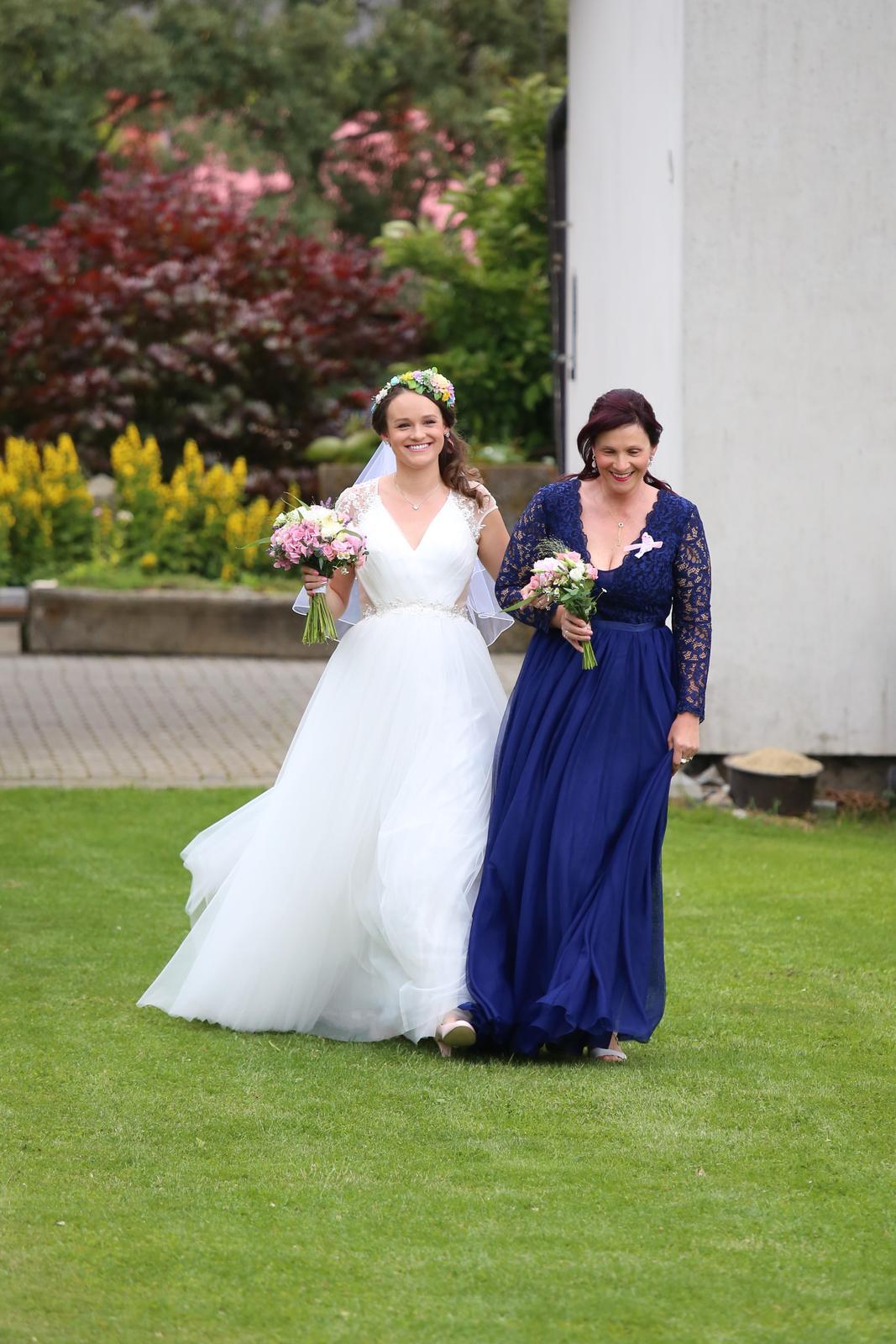 Dlouhé modré šatičky na svatbu i na ples - Obrázek č. 2