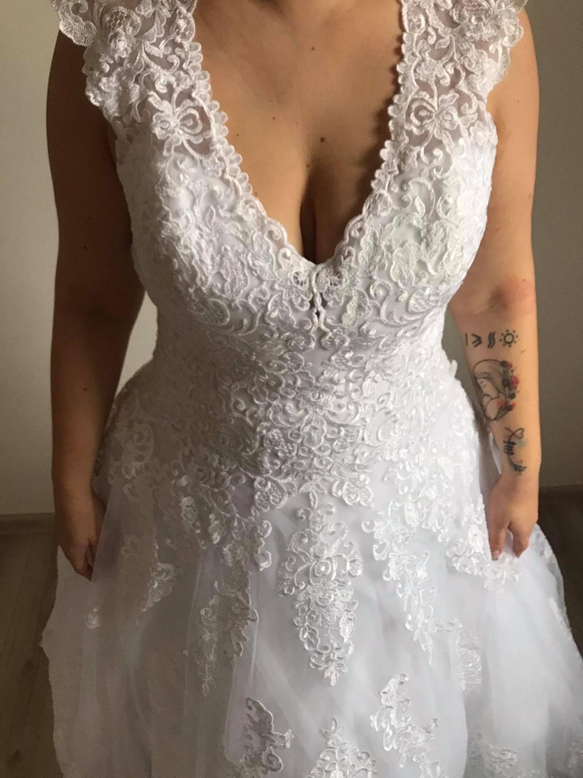 Svatební šaty - vel.40/42 - Obrázek č. 4
