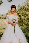 Netradične svadobné šaty  , 38