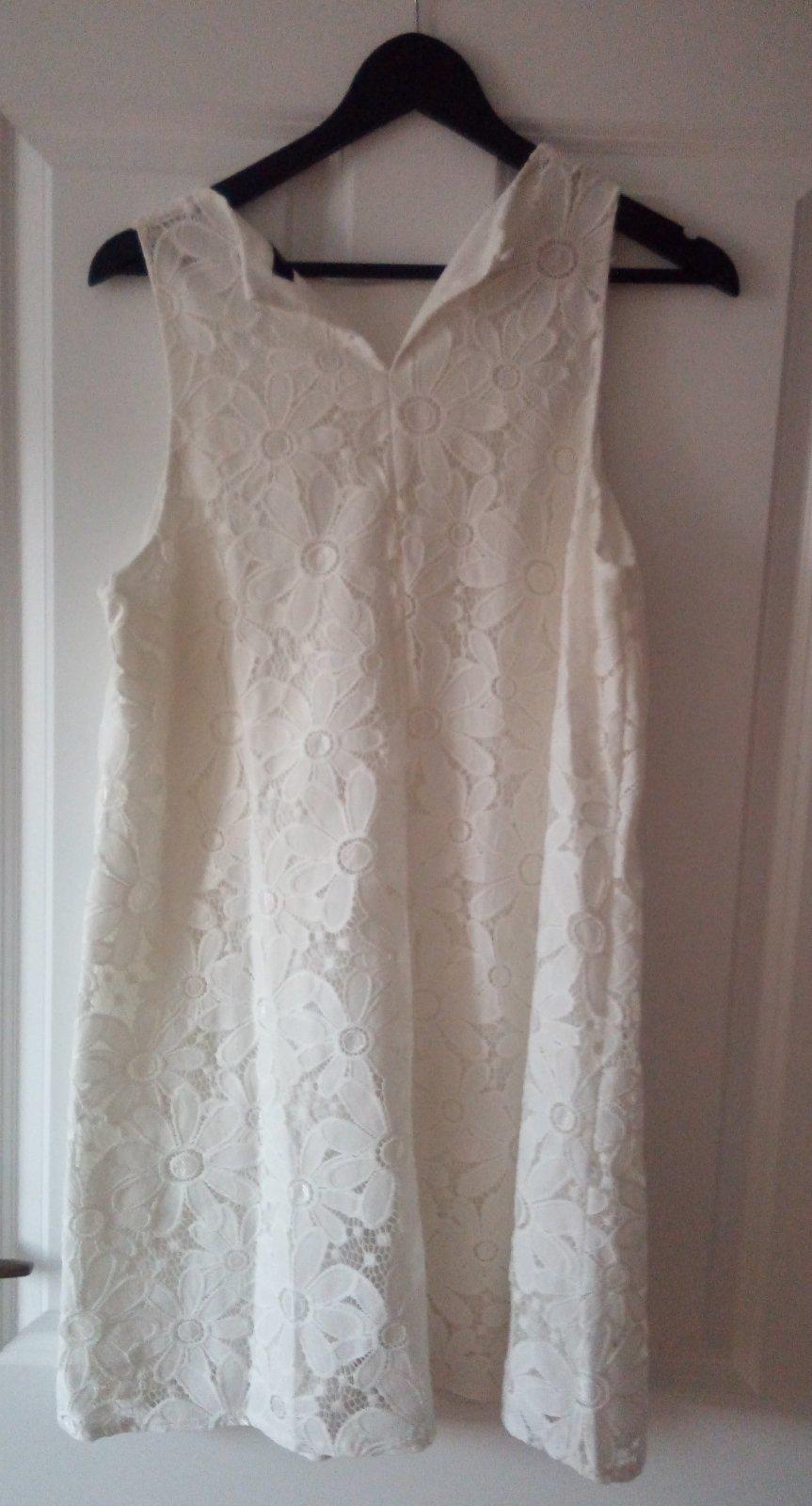 Biele čipkované šaty - Obrázok č. 3