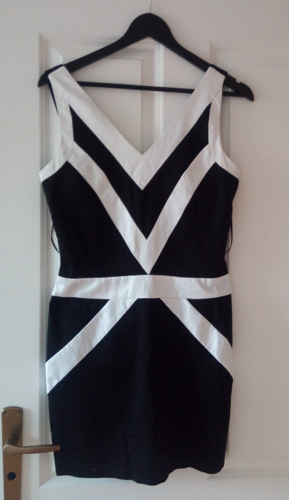 Čiernobiele šaty M - Obrázok č. 1