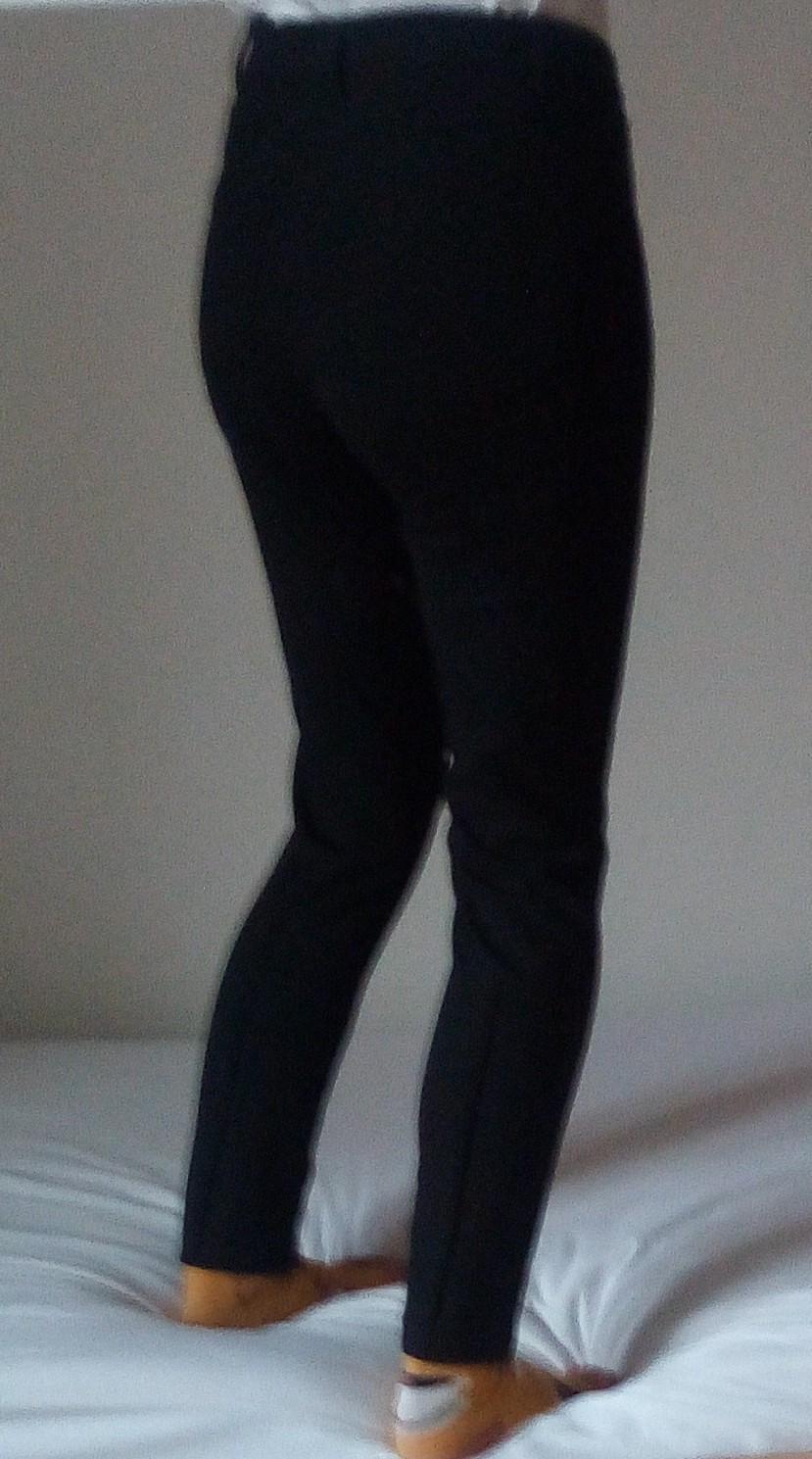 Čierne elegantné nohavice S - Obrázok č. 2