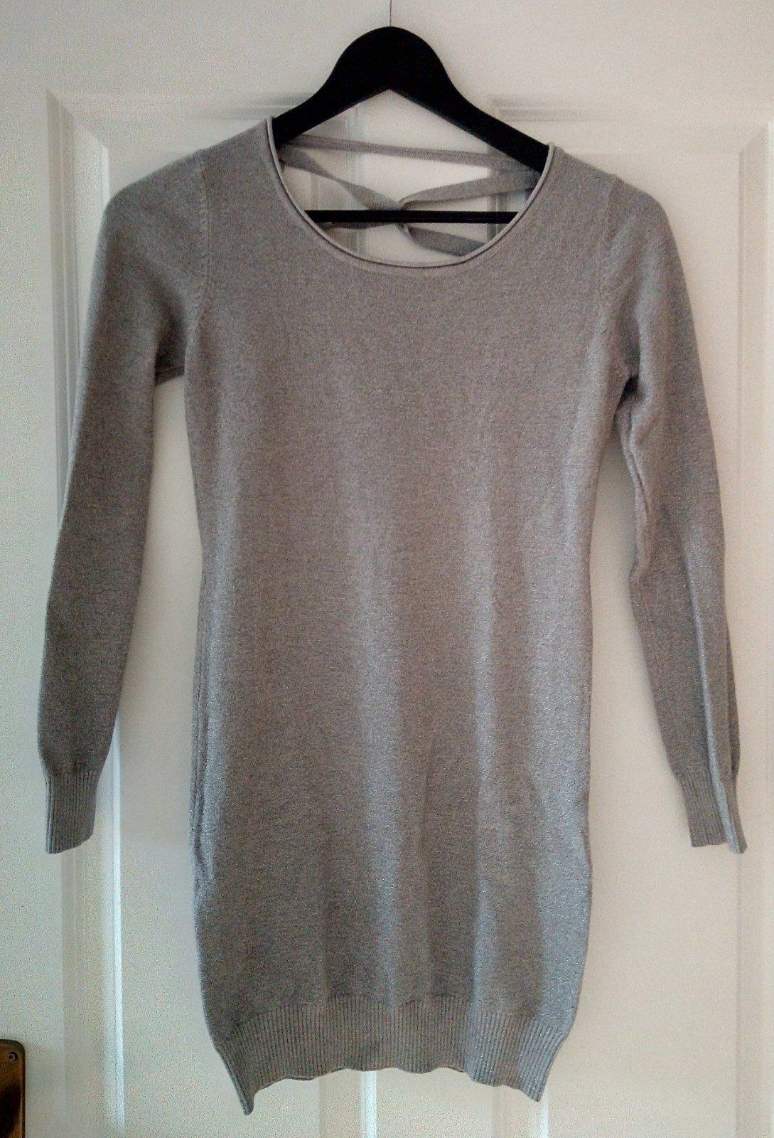 Sivý dlhší vlnený svetrík S/M - Obrázok č. 1