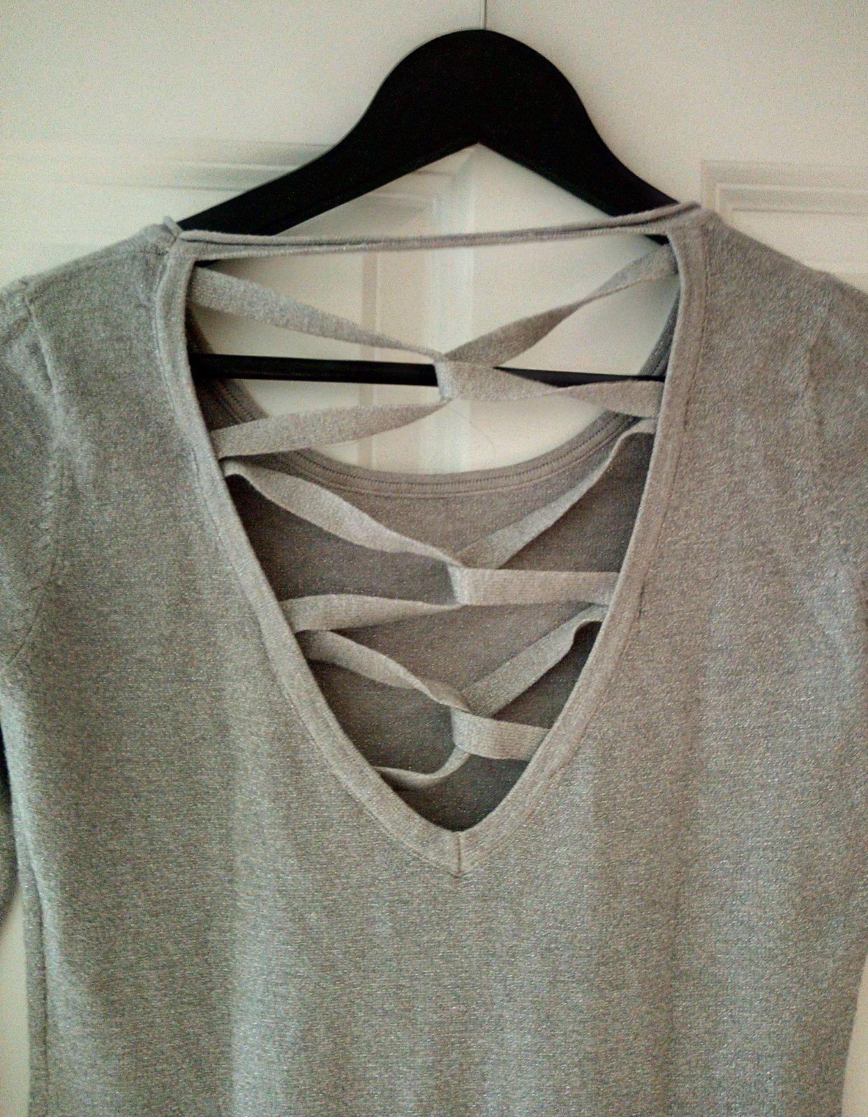 Sivý dlhší vlnený svetrík S/M - Obrázok č. 4