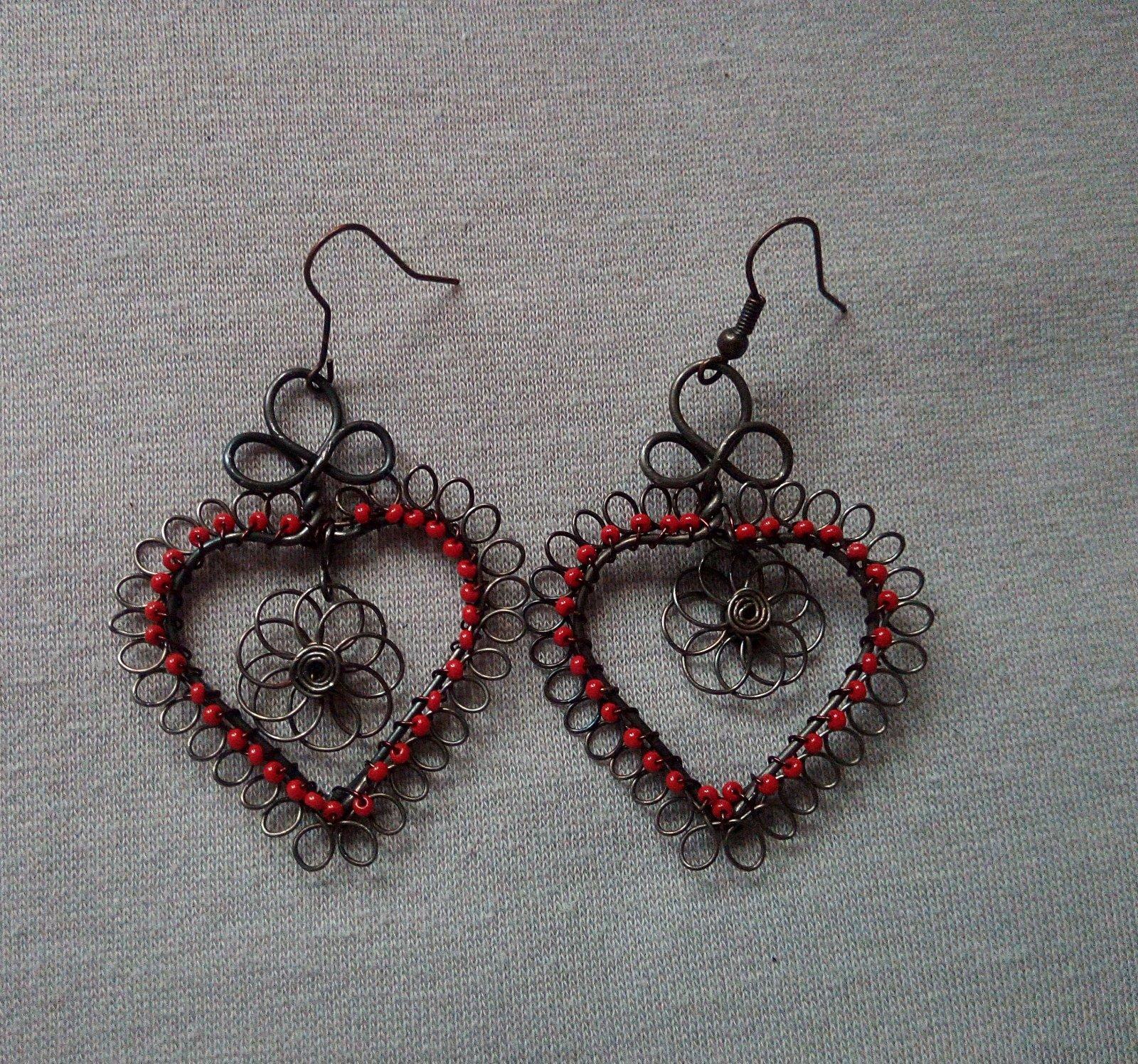 Drôtikové handmade folklórne náušnice - Obrázok č. 1