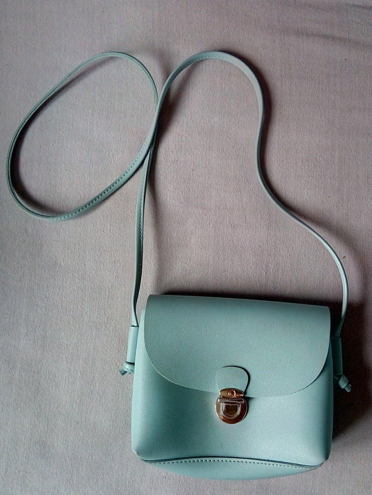 Bledomodrá malá kabelka CCC - Obrázok č. 1