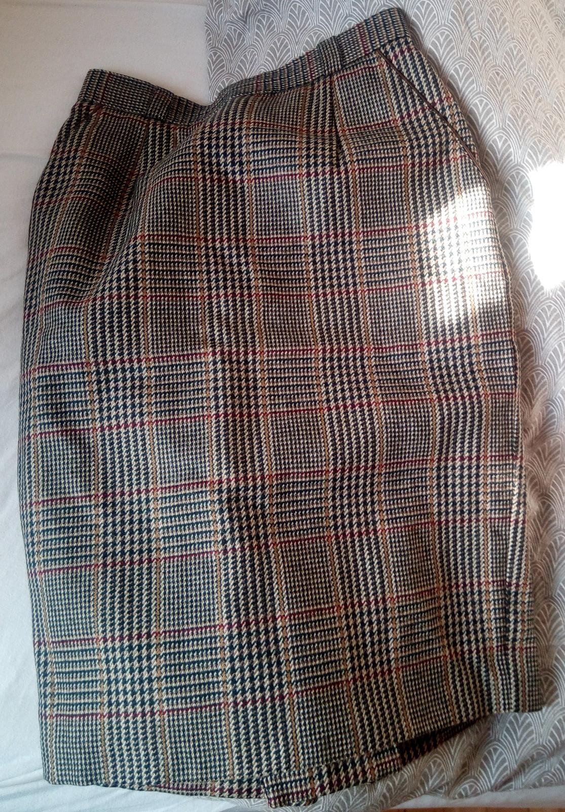 Vlnená károvaná sukňa S - Obrázok č. 1
