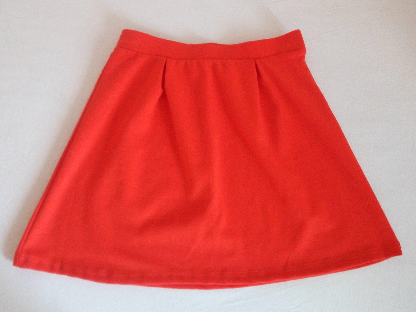 Červená áčková sukňa Gate S - Obrázok č. 2