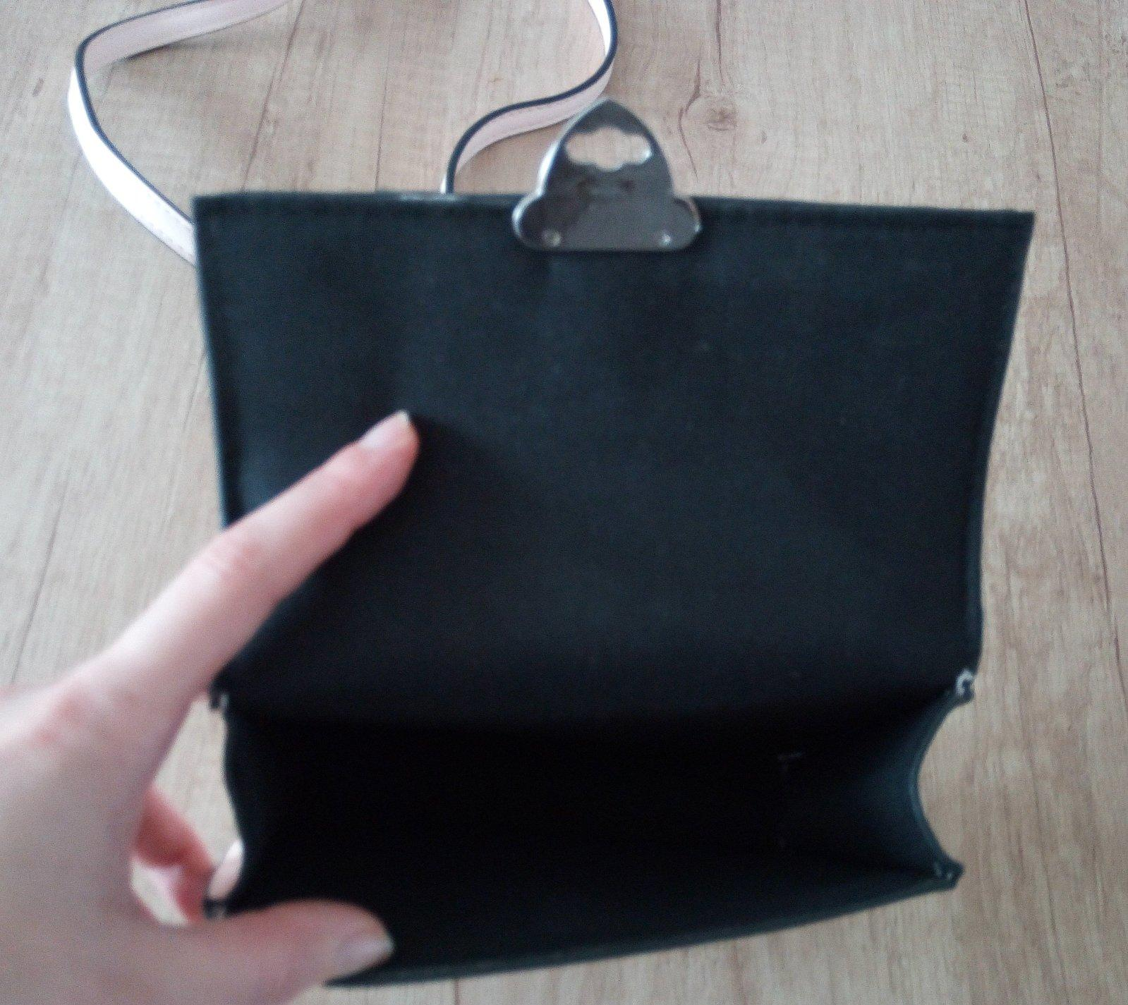 Malá bledoružová kabelka - Obrázok č. 4