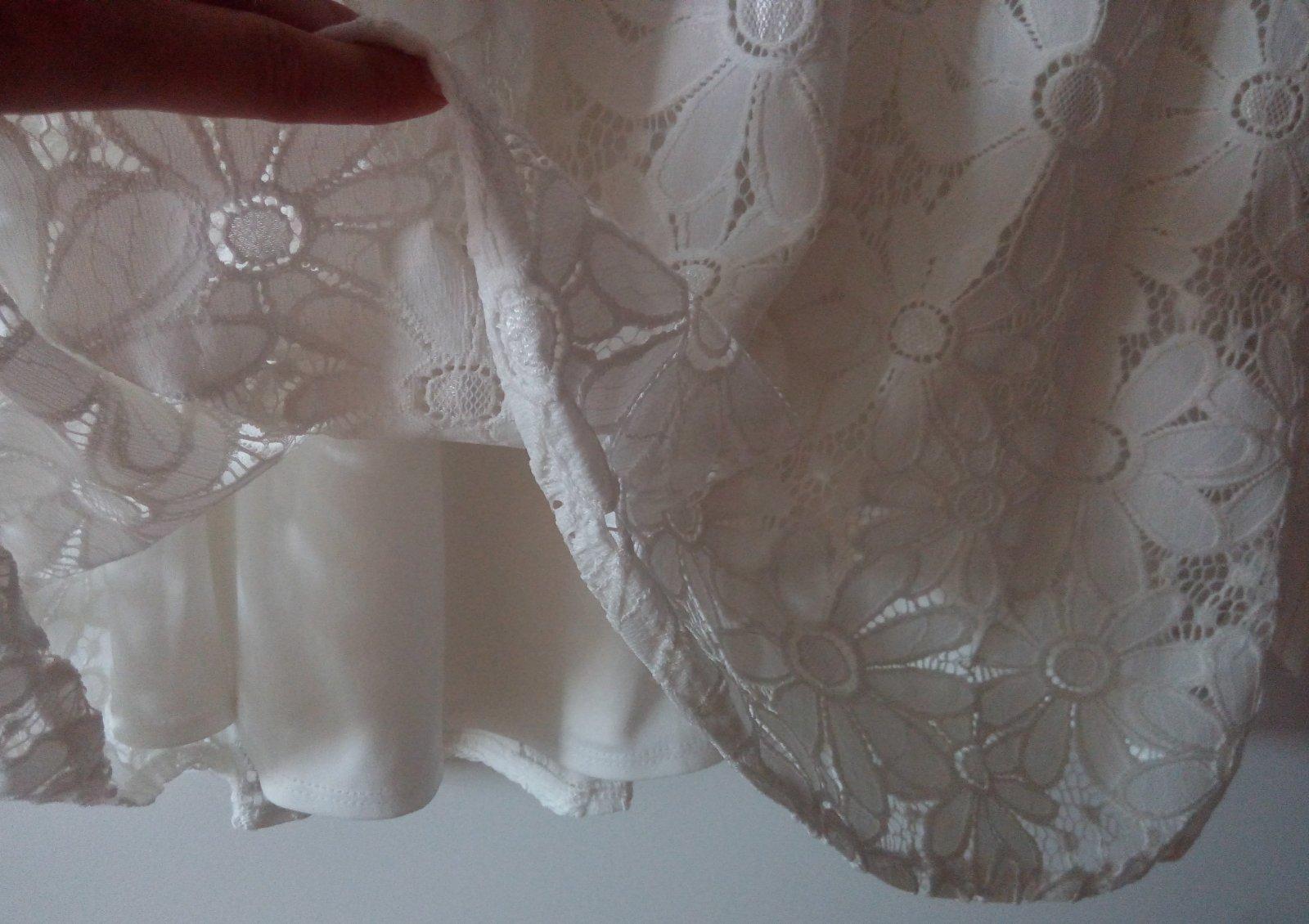 Biele čipkované šaty - Obrázok č. 2