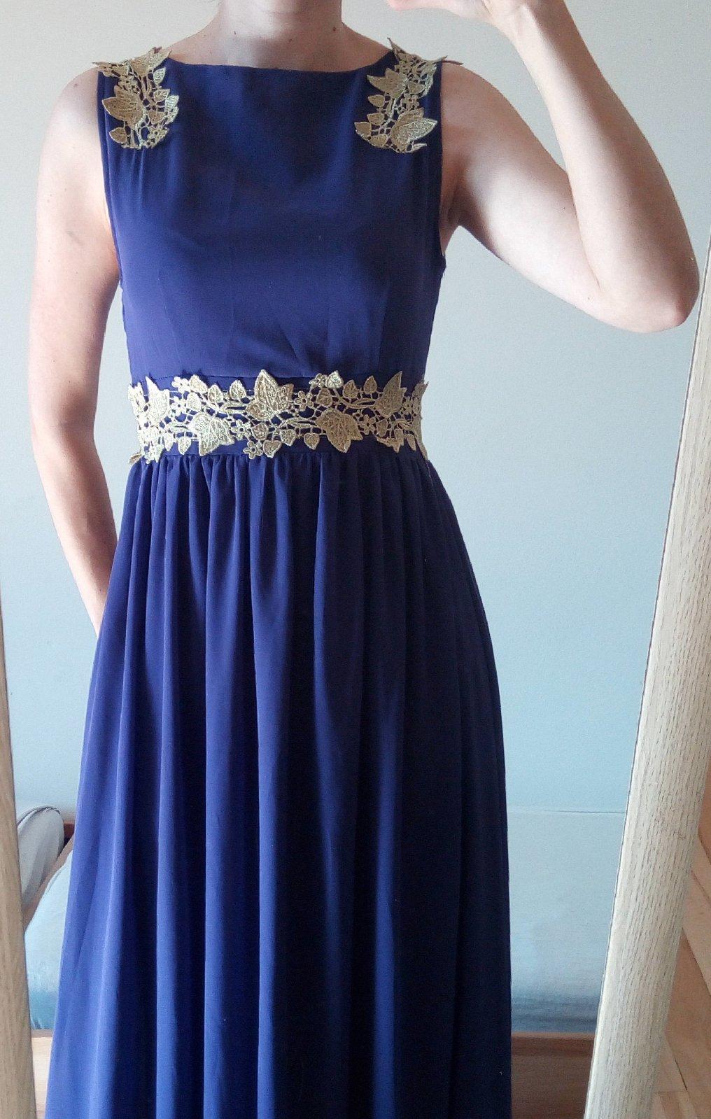 Dlhé fialové spoločenské šaty - Obrázok č. 4