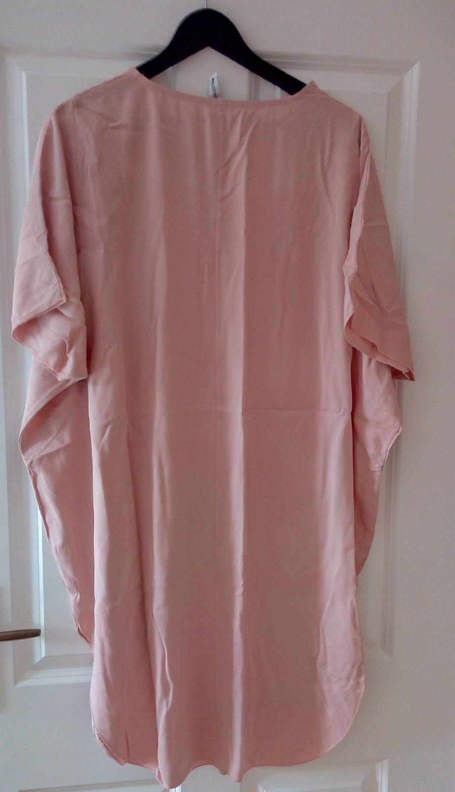 Bledoružové šaty univeľkosť - Obrázok č. 2