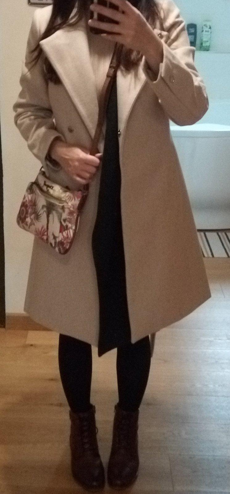 Béžový minimalistický vlnený kabát XS - Obrázok č. 3