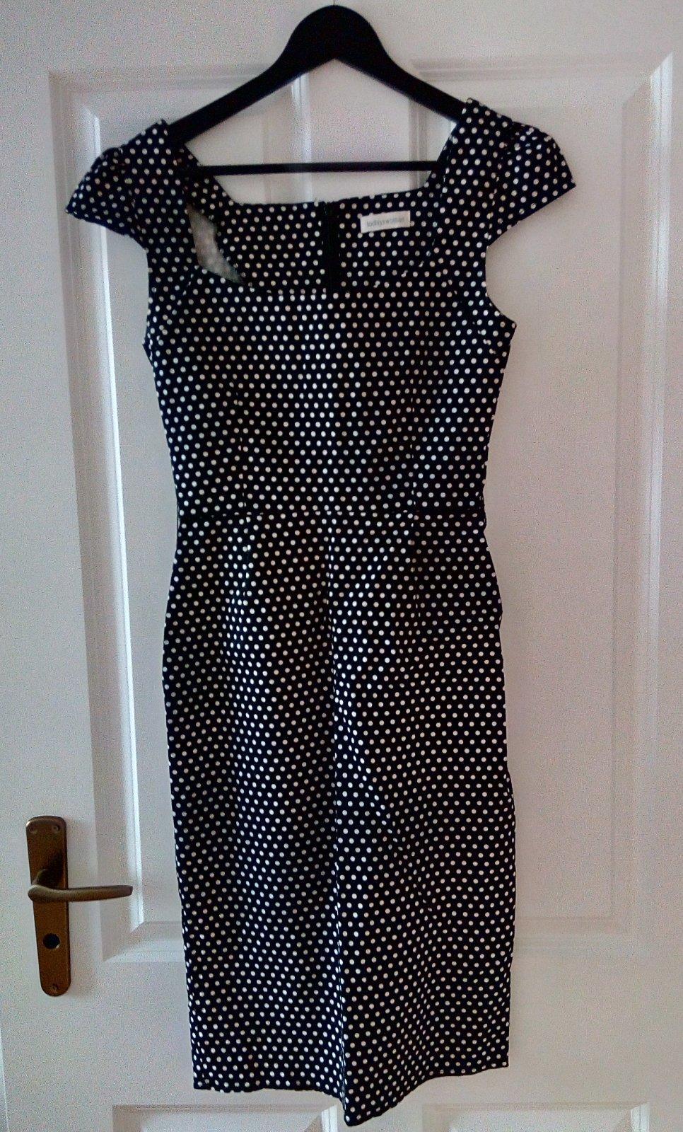 Čiernobiele bodkované šaty XS - Obrázok č. 1
