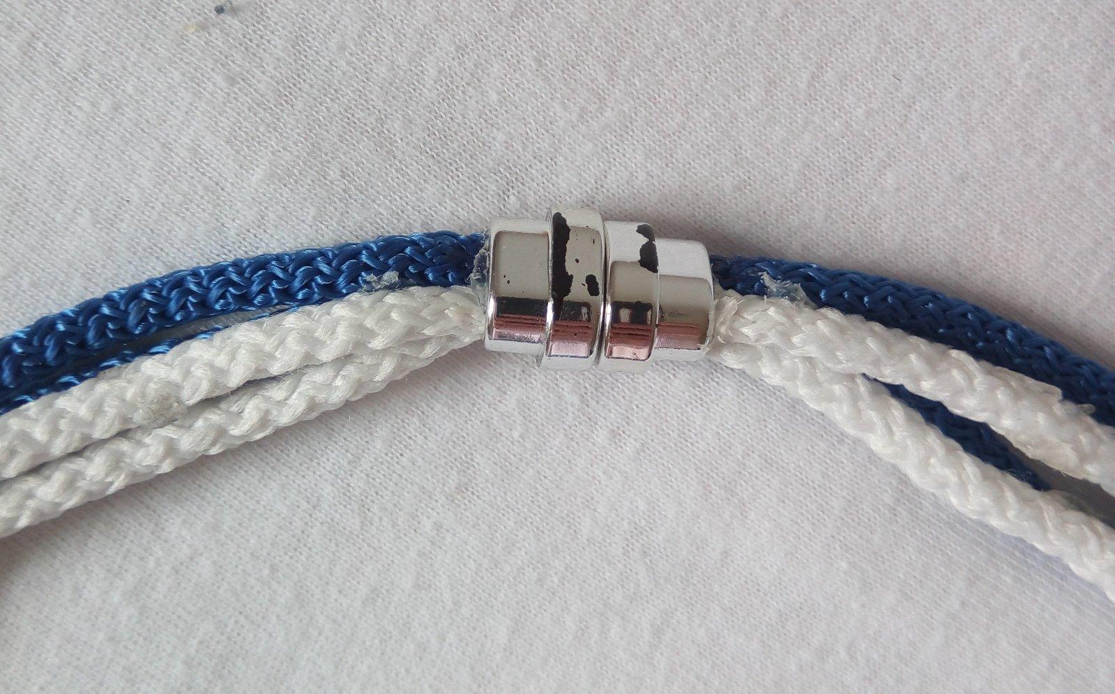 Handmade modro - biely náhrdelník a štrasové náušnice - Obrázok č. 3
