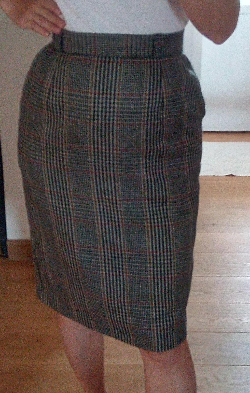 Károvaná vlnená sukňa S - Obrázok č. 1