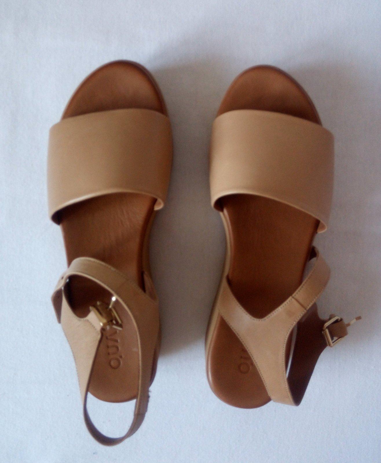 Bledé kožené sandále 38 - Obrázok č. 1