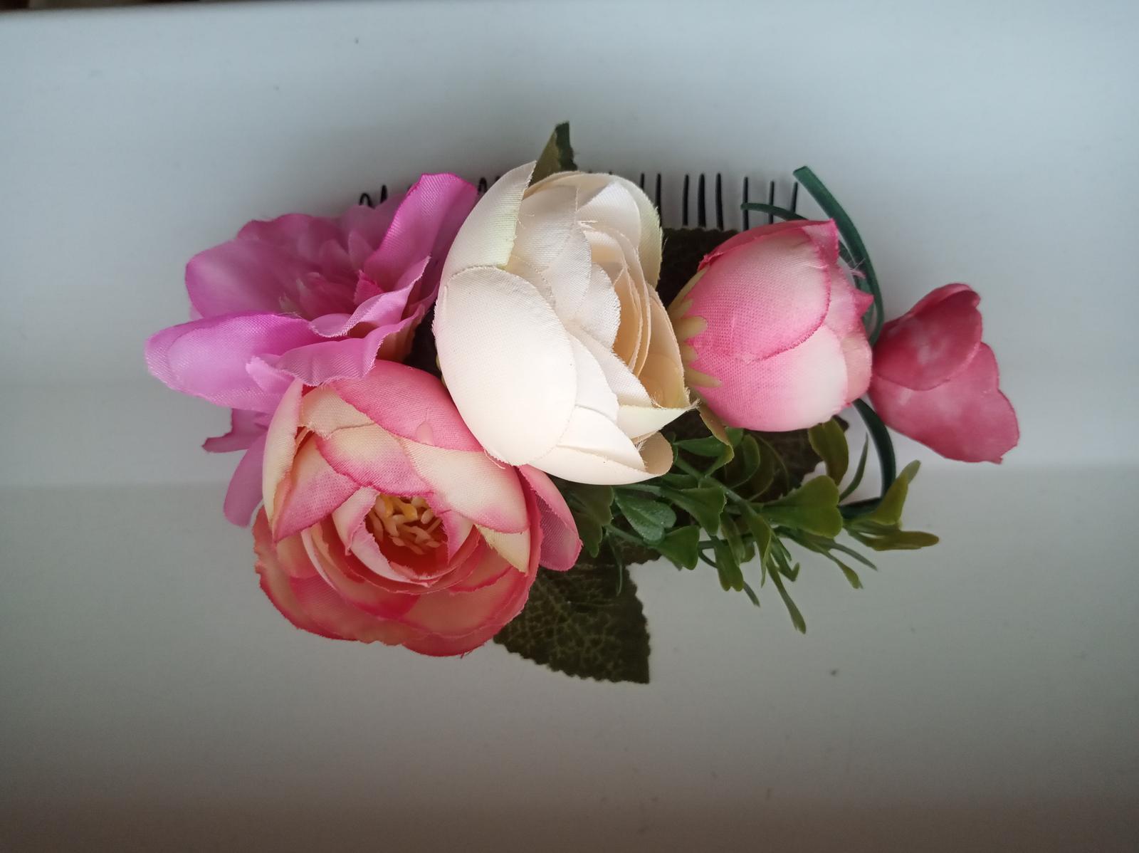 Hrebienok do vlasov s kvetmi - Obrázok č. 1