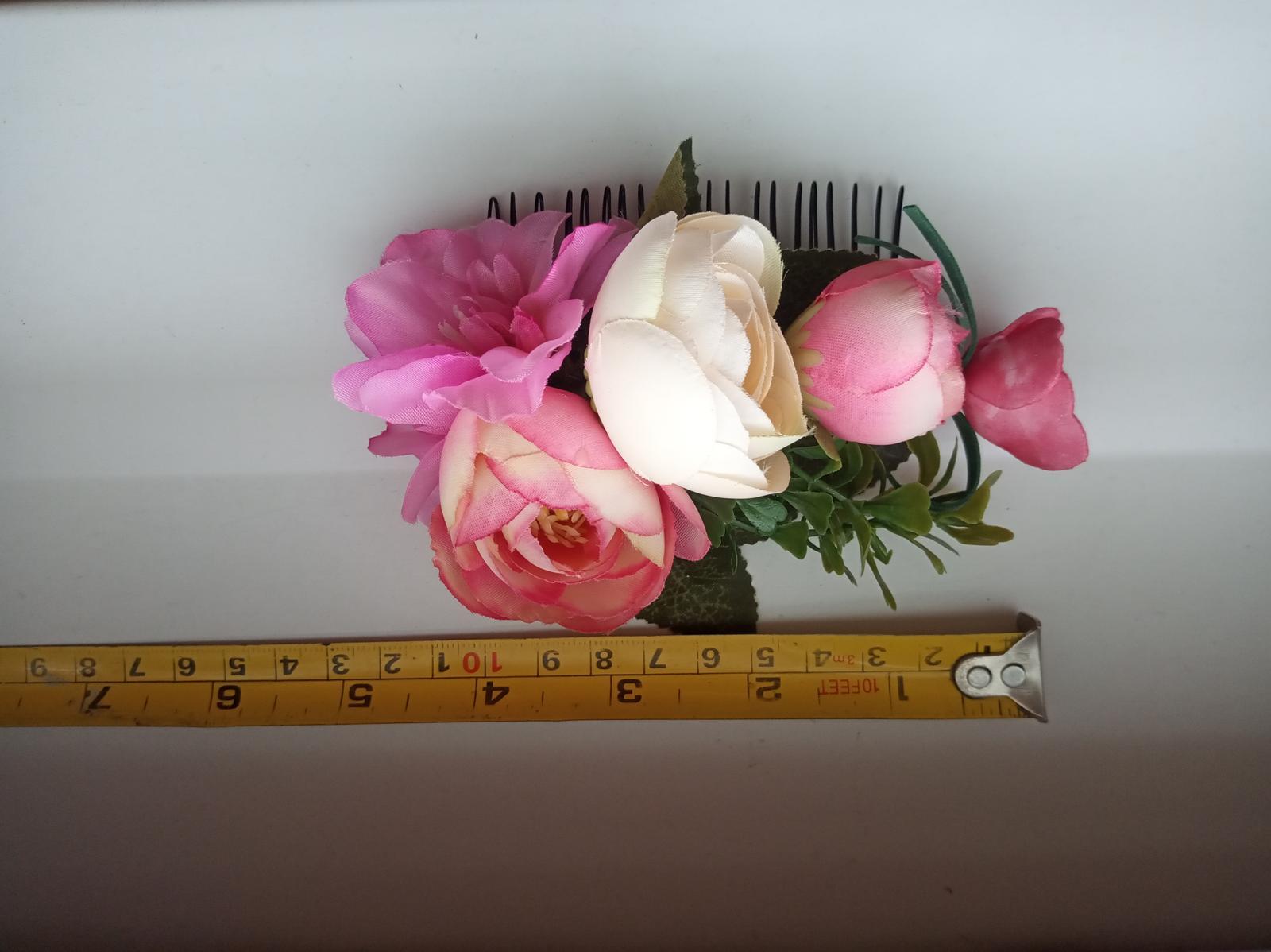Hrebienok do vlasov s kvetmi - Obrázok č. 3