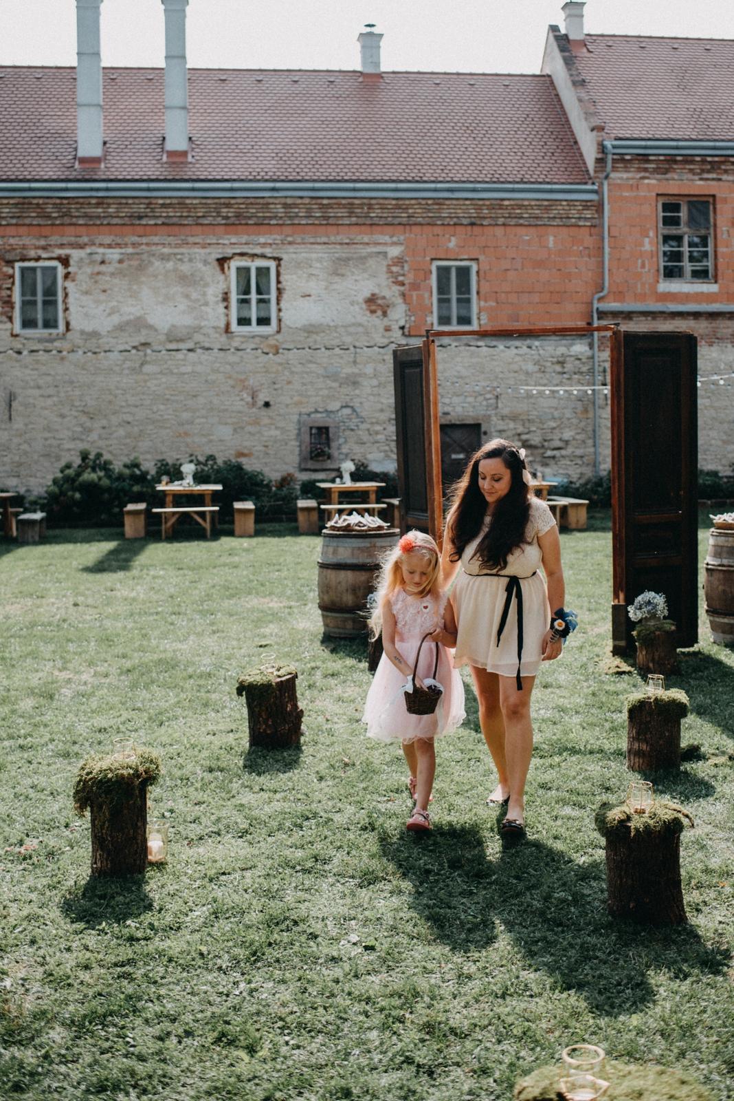 Jak fotografka ke kytičkám přišla - Jak začalo Čarokvítí od Luci - Obrázek č. 21