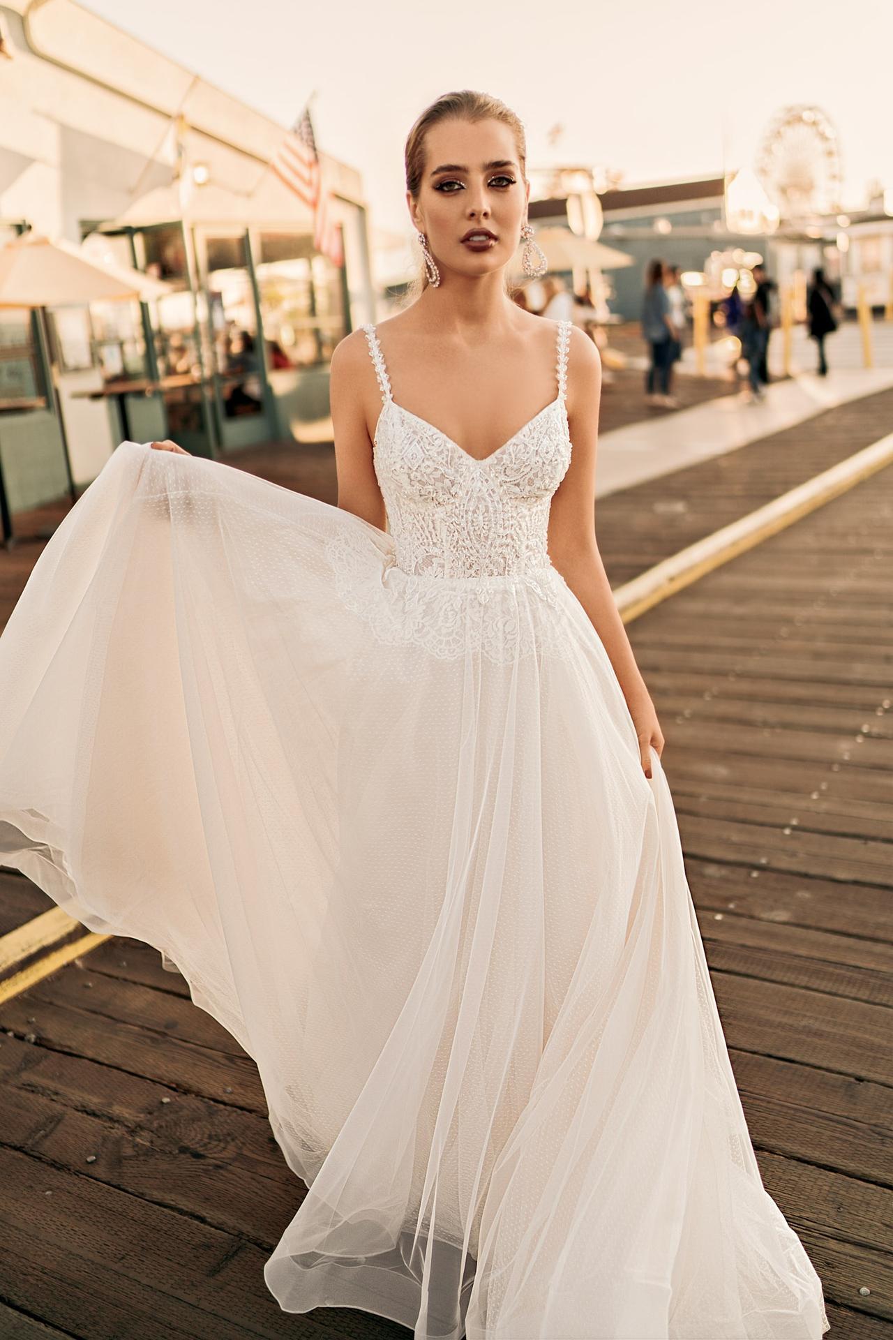 Svatební šaty - představa - Obrázek č. 3