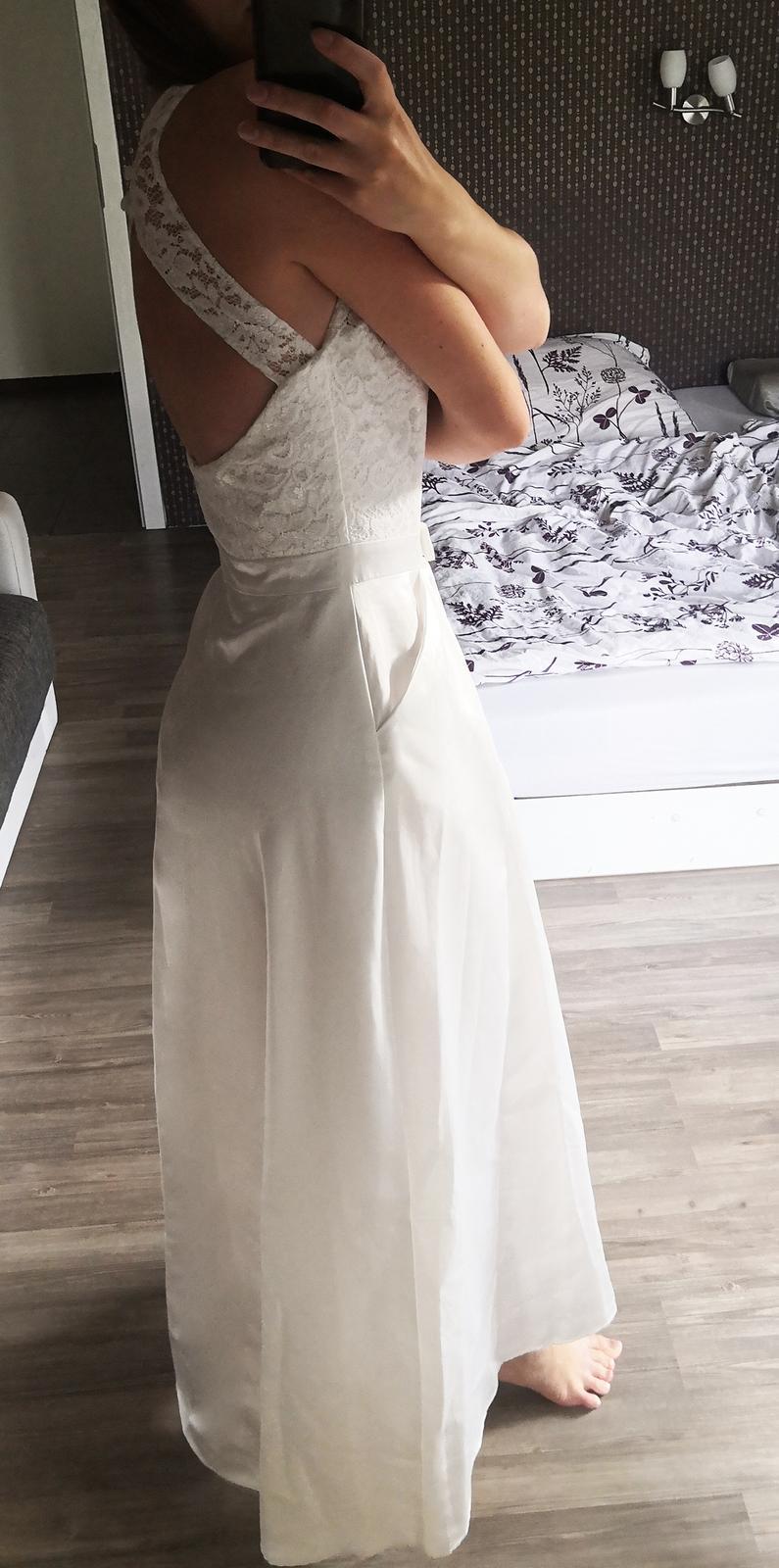 Svatební asymetrické šaty SWING s kapsami - Obrázek č. 4