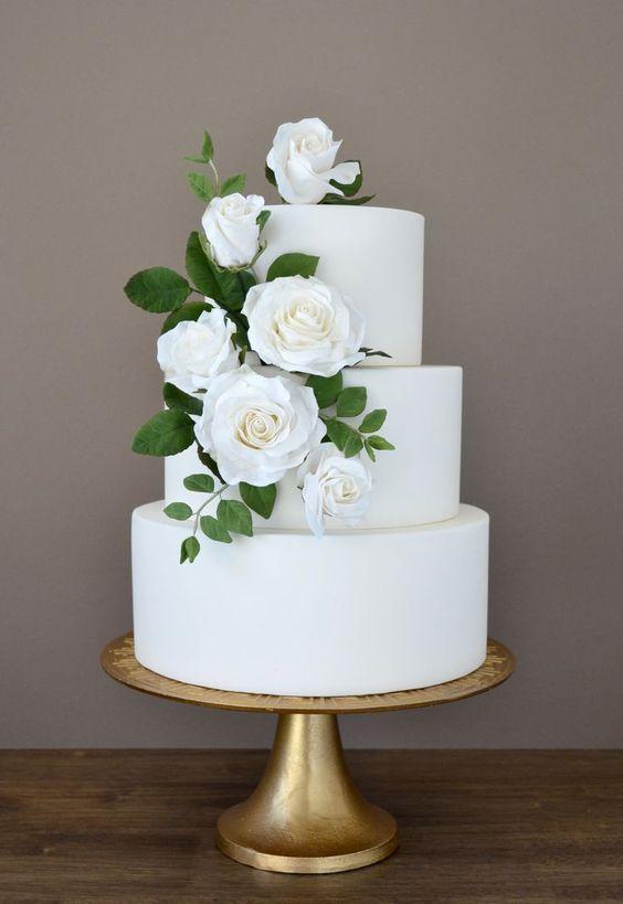 02.10.2021-Prípravy - objednaná svadobná torta Castel Mierovo , od nich budeme mať aj Candy bar