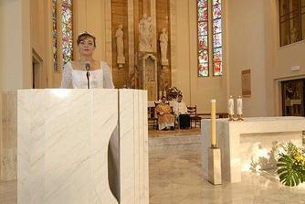Spievanie žalmu v kostole.