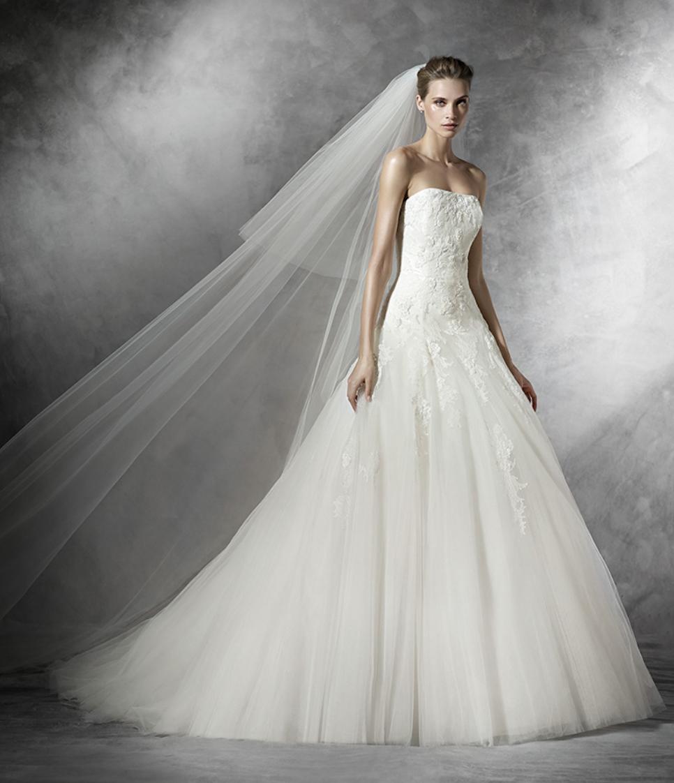 Svatební šaty Pronovias Barroco - vel. 40-42 - Obrázek č. 1