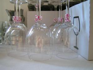 skleničky s korálky, vyráběla jsem já a skorotchýně