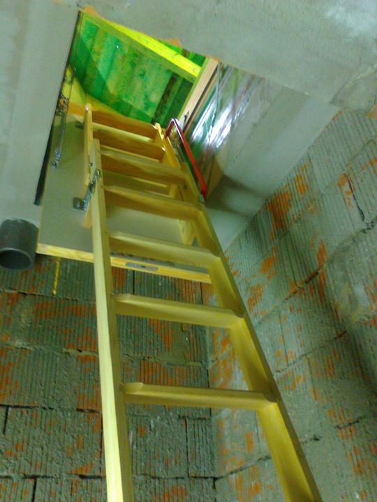 Bungalow 880 - schody na poval