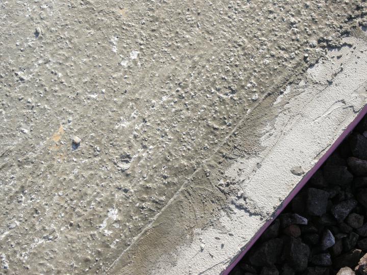 Bungalow 880 - detail na beton