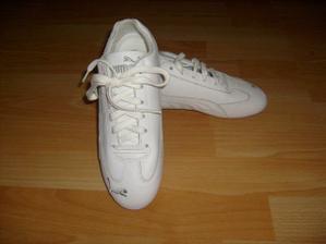 botky, kdyby náhodou došlo na divočejší tanec...