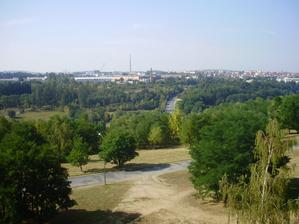 Výhled z balkónu na jih