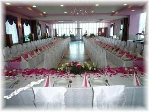 naša sála, Hotel Vion