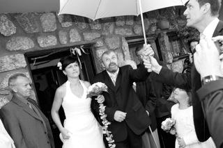 odchod z domu nevěsty