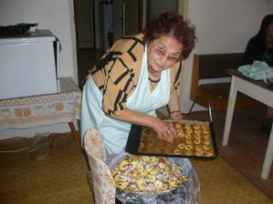 Pekla celá rodina.Moje milovaná babička.