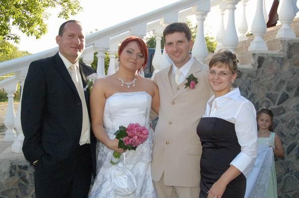 MARIKA{{_AND_}}MATKO - so svedkom Patrikom, absolutne NAJ chlapom, vzdy pomoze a povzbudi,a jeho očarujucou manželkou, DAKUJEME ŽE STE