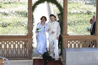 příchod ženicha - vede Dorinka :-)