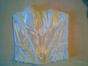 korzetík pod svadobné šaty