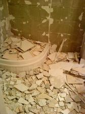 kupelka po demolicii
