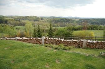 výhled z terasy od vchodu