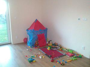 Bez gauca sme boli viac ako 2mesiace,tu mal synator detsku izbu:-)