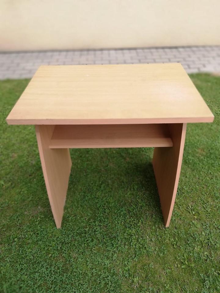 Redizajnujeme, maľujeme, tvoríme - PRED - starý stolík z bukasu