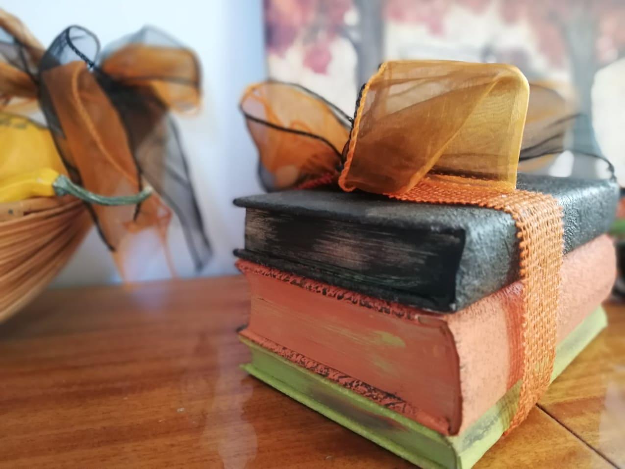 Redizajnujeme, maľujeme, tvoríme - knihy namaľované kriedovými farbami