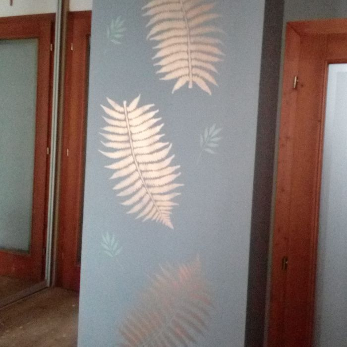 Redizajnujeme, maľujeme, tvoríme - kriedová farba grafit + šablóna tropické listy