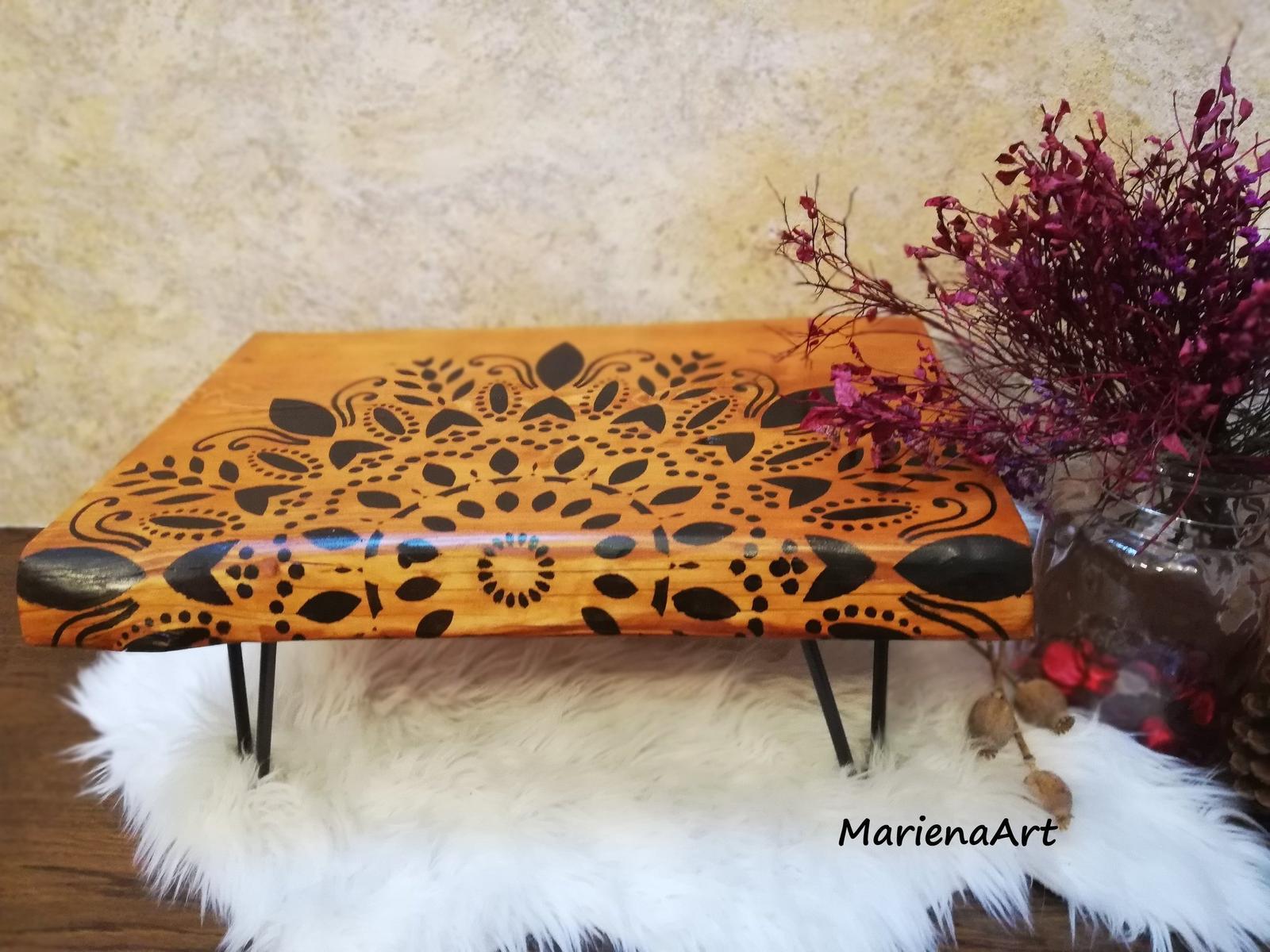 Drevený stôl - coffee table Mandala  - Obrázok č. 1